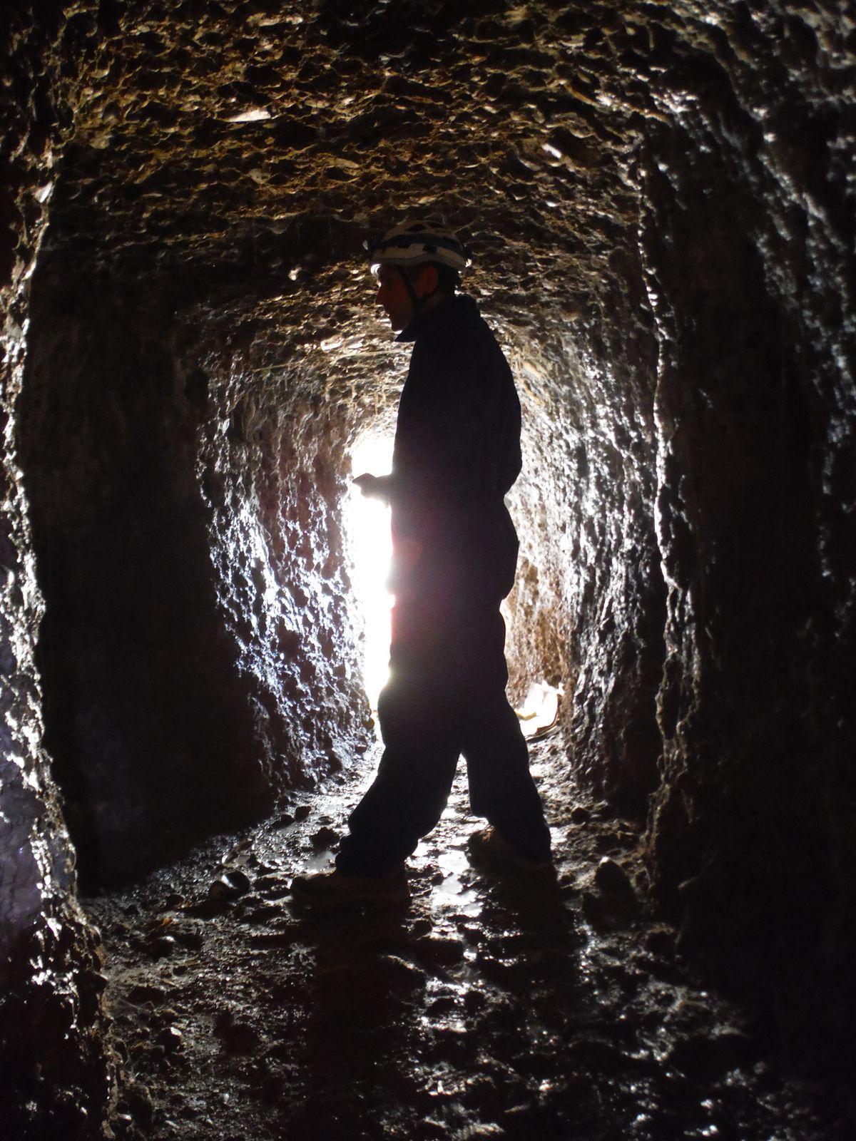 Interior de la Mina de agua del Pilar de Las Herrerías