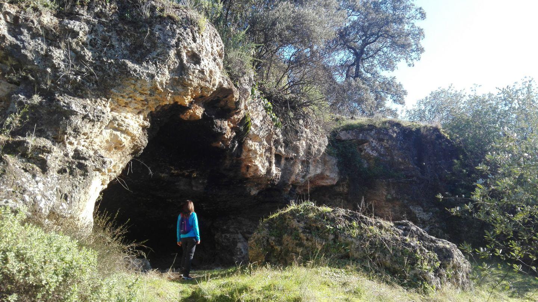 La Palomera, el Puente de Hierro y sus cuevas