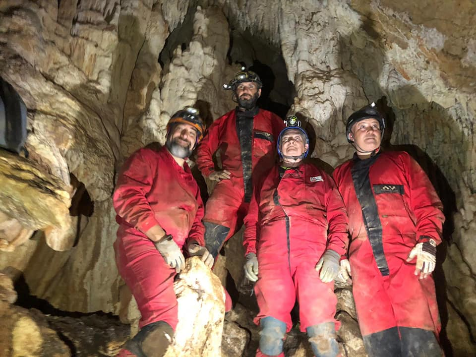 Coilostele acus en la cueva del Guadalora (GEKO)